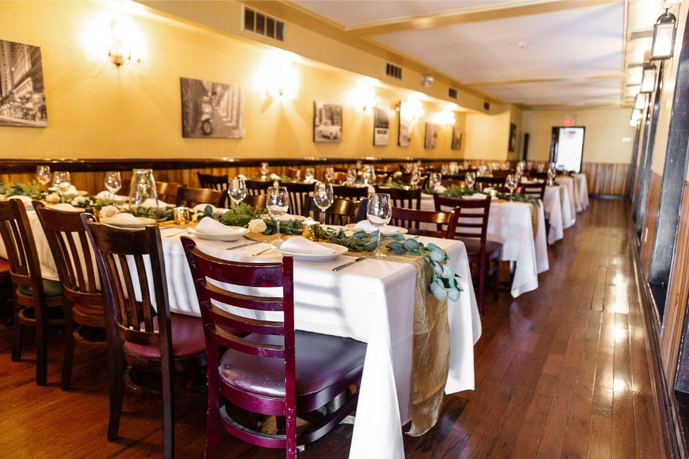 banquet room at Pietro's